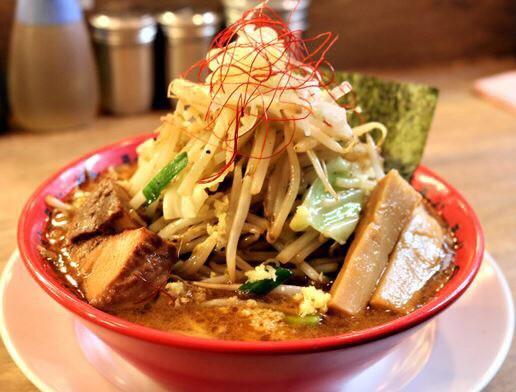 月3,000円で食べ放題のラーメンの画像