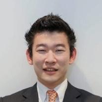 成田取締役