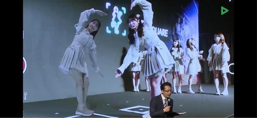 AKB48のソフトバンクAR写真を一緒に撮る